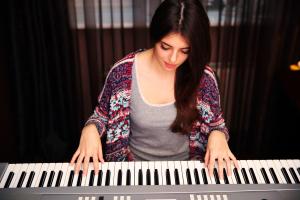 Playing_piano_Omaha